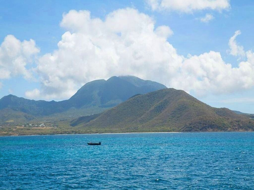 St Kitts from the sea
